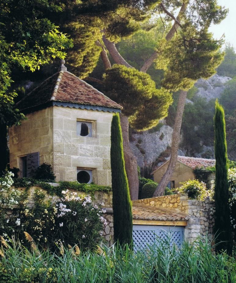 Atlanta Interior designer Ginny Magher used the Lafourcades for the restoration of her 18th century farmhouse, Le Mas de Baraquet, and it's grounds, near St- Rémy de Provence. Published - British House and Gardens magazine Sept. 2009