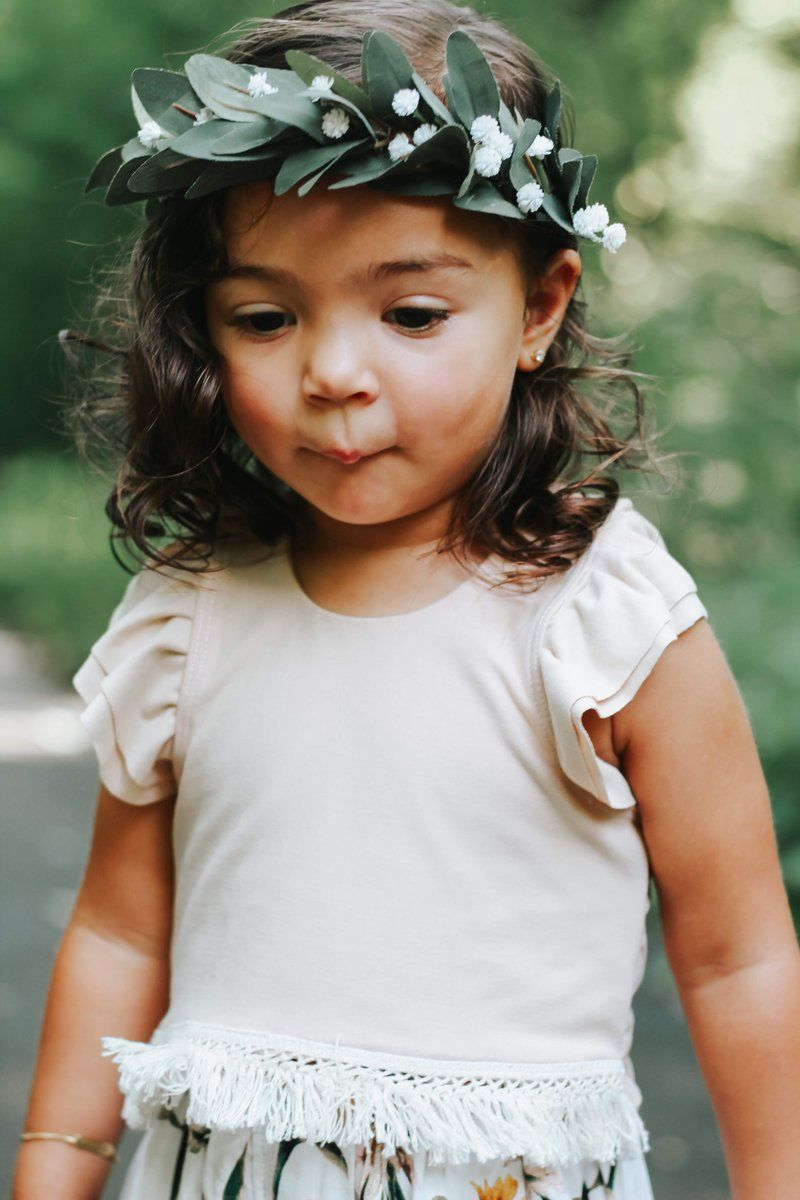 Gorgeous Halo Flower Crown Made With Green Leaves And Baby S Breath White Babies Breath Flower Cr Baby Flower Crown Boho Flower Crown Baby Breath Flower Crown