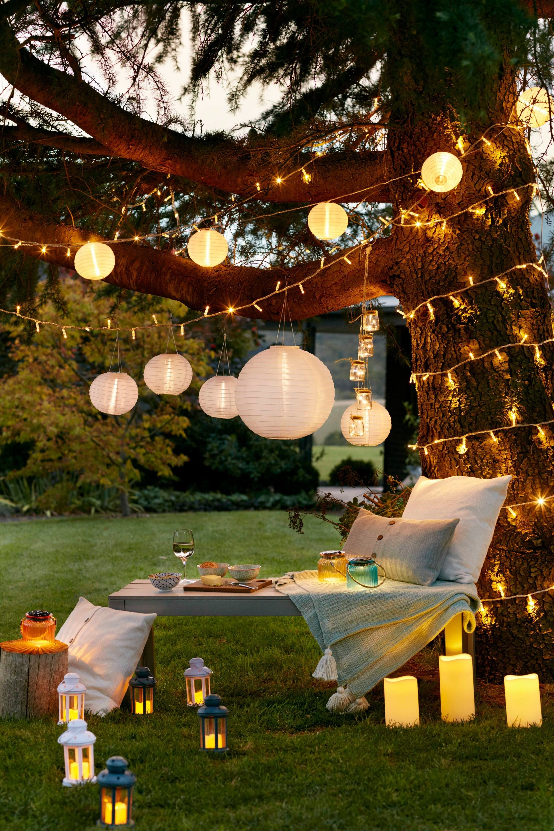 10 Ideas For The Perfect Summer Party Outdoor Garden Lighting Solar Lights Garden Backyard Lighting