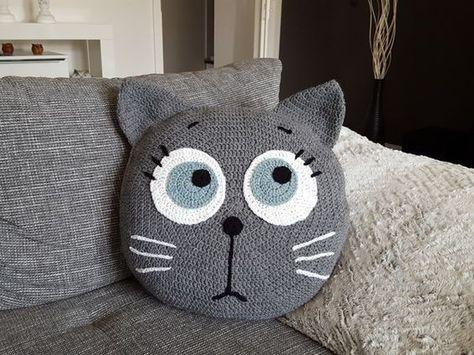 kissen h keln katzenmotiv wow faktor crochet h keln kissenbez ge h keln und tierkissen. Black Bedroom Furniture Sets. Home Design Ideas