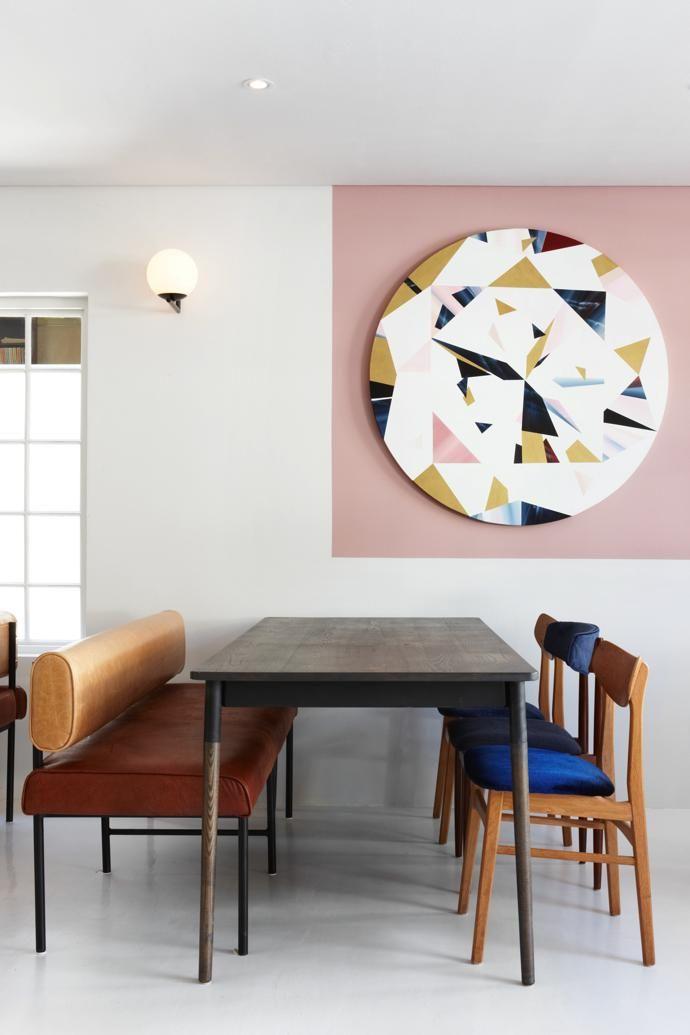 Im schicken, neuen Restaurant Mulberry & Prince in Kapstadts City ...