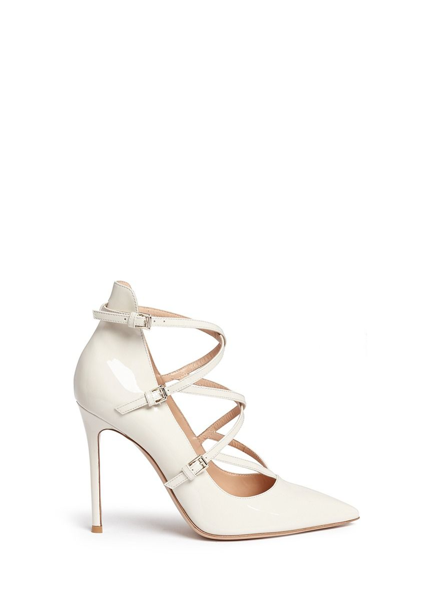 Gianvito Rossi Buckle embellished pumps nEMmilEm