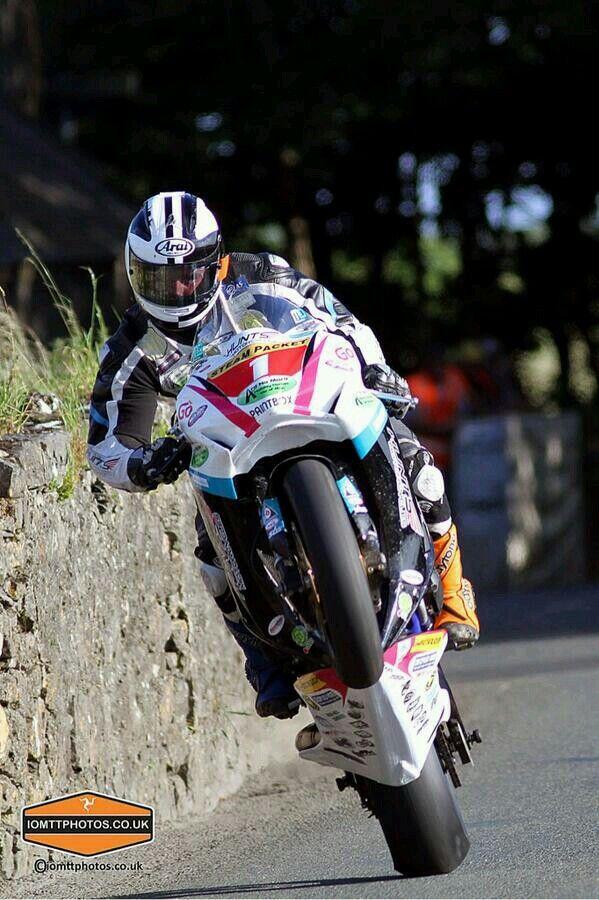 Dunlop Road Wheeling Racing Bikes Road Racing Motorcycles Tt Races