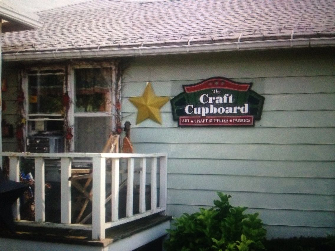 Middlefield Oh Two Shops In One Place Quilt Shop Crafts Middlefield