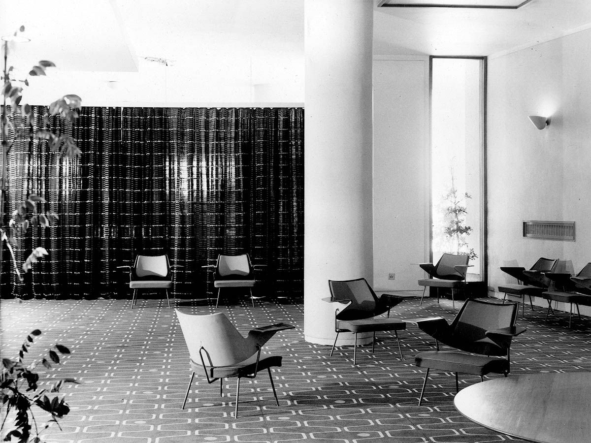 Royal Festival Hall Lounge Chairs In Foyer 1951 The Wing Like  # Muebles Kassel Concepcion