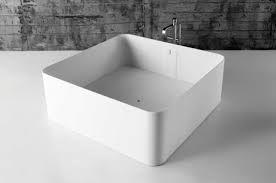 Bildergebnis Fur Badewanne Quadratisch Badewanne Badezimmer Wanne