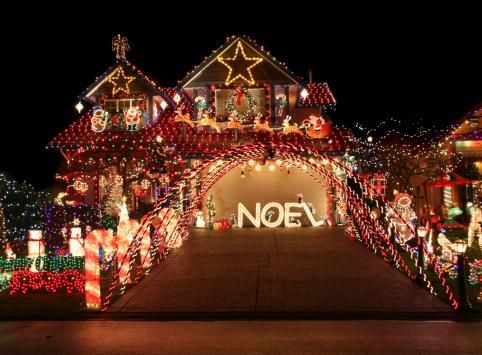 Pros Hints On Putting Up Outdoor Xmas Lights Draw Your Design On Paper  Using LED Lights