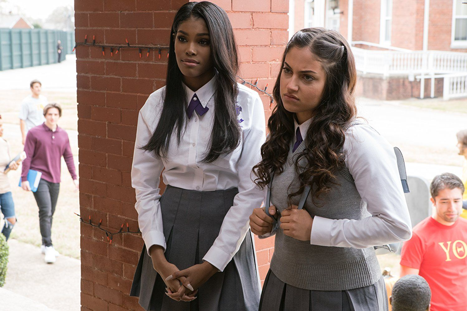 Know about film reviews, lead cast & crew, photos & video gallery on bookmyshow. Diamond White And Inanna Sarkis In Boo 2 A Madea Halloween 2 Madea Halloween Madea Tyler Perry Boo