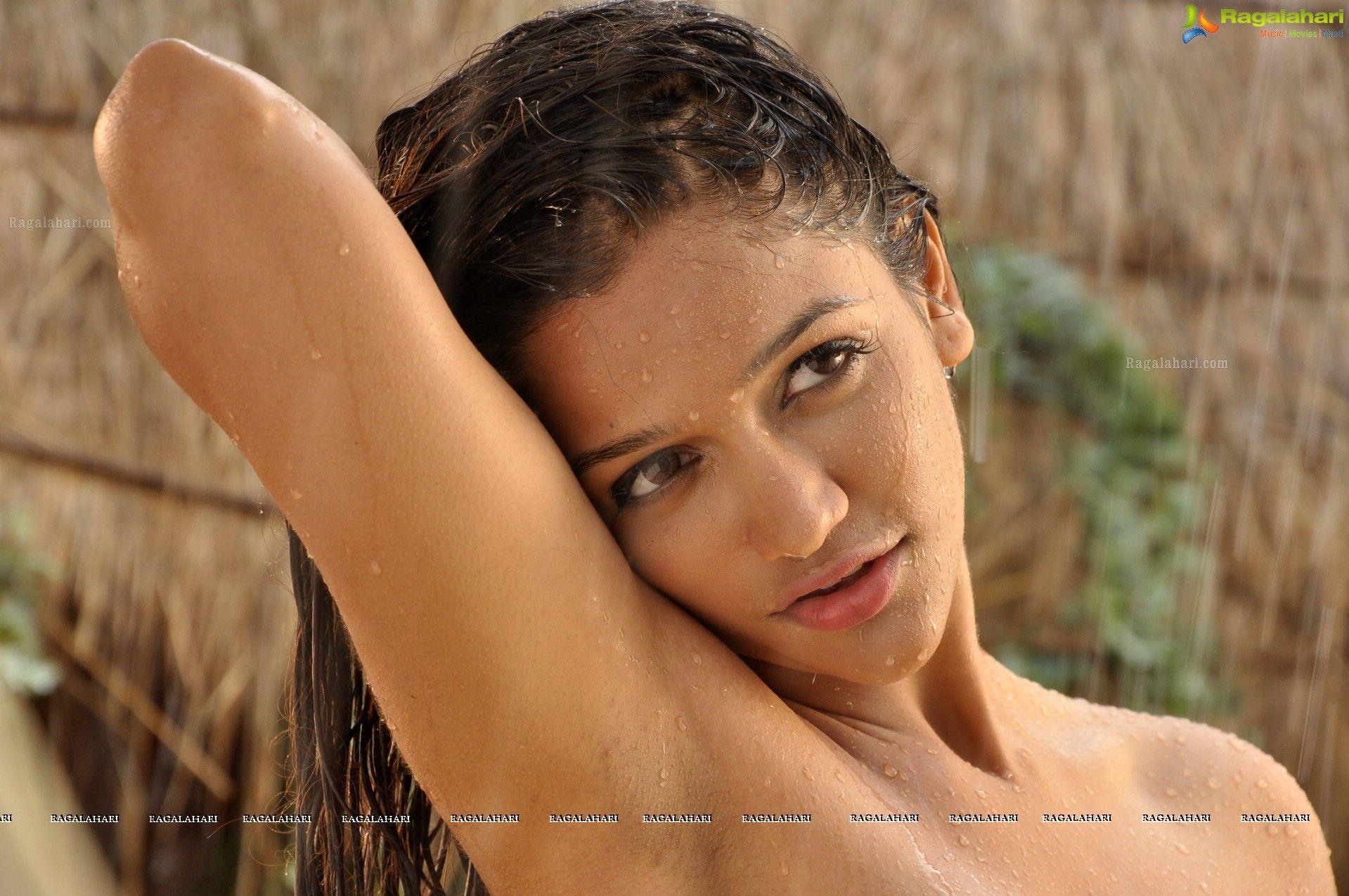 Pin By Desiactresspic On Anaika Soti  Cinema Actress -3886