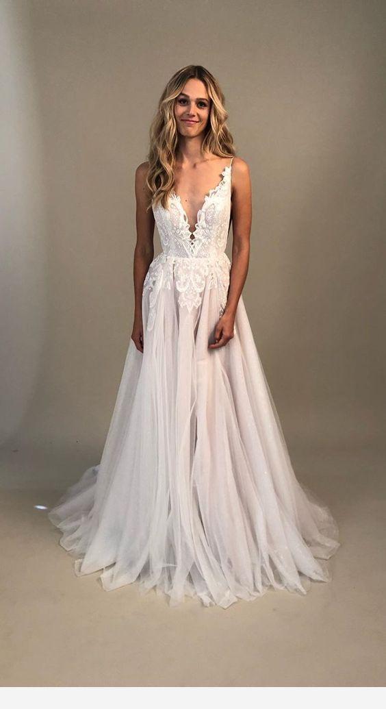 Simple Vneck wedding dress   Folk+Follow Photography Studio — Wedding Photos Sydney & Melbourne weddingphotography www folkandfollow com is part of Wedding gowns -