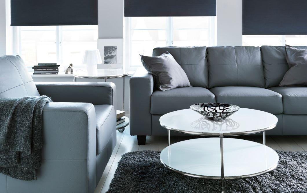 Tavolino Poggiapiedi ~ Divano a 3 posti e poltrona skogaby in pelle robust grigio fumo e
