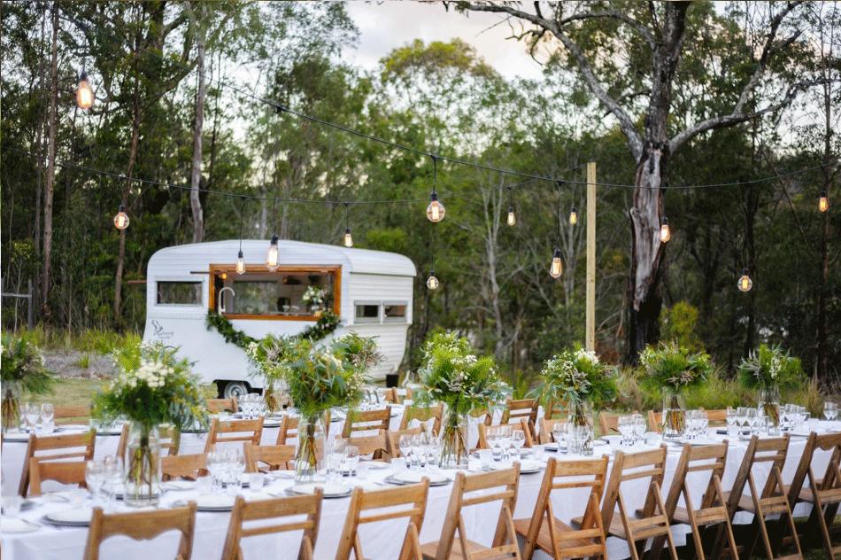 Dream Outdoor Wedding whisky bar caravan