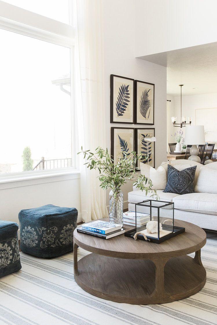 Classic Farmhouse Living Room Design