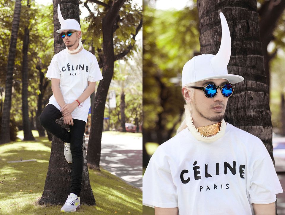 Just a fun way to reinvent the ubiquitous Celine tee. Add more quirk and drama.   photos by Anton Aguila