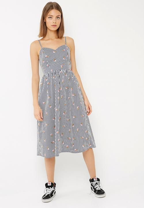 90eb8f757bb Fit and flare midi dress - navy based floral stripe dailyfriday Casual
