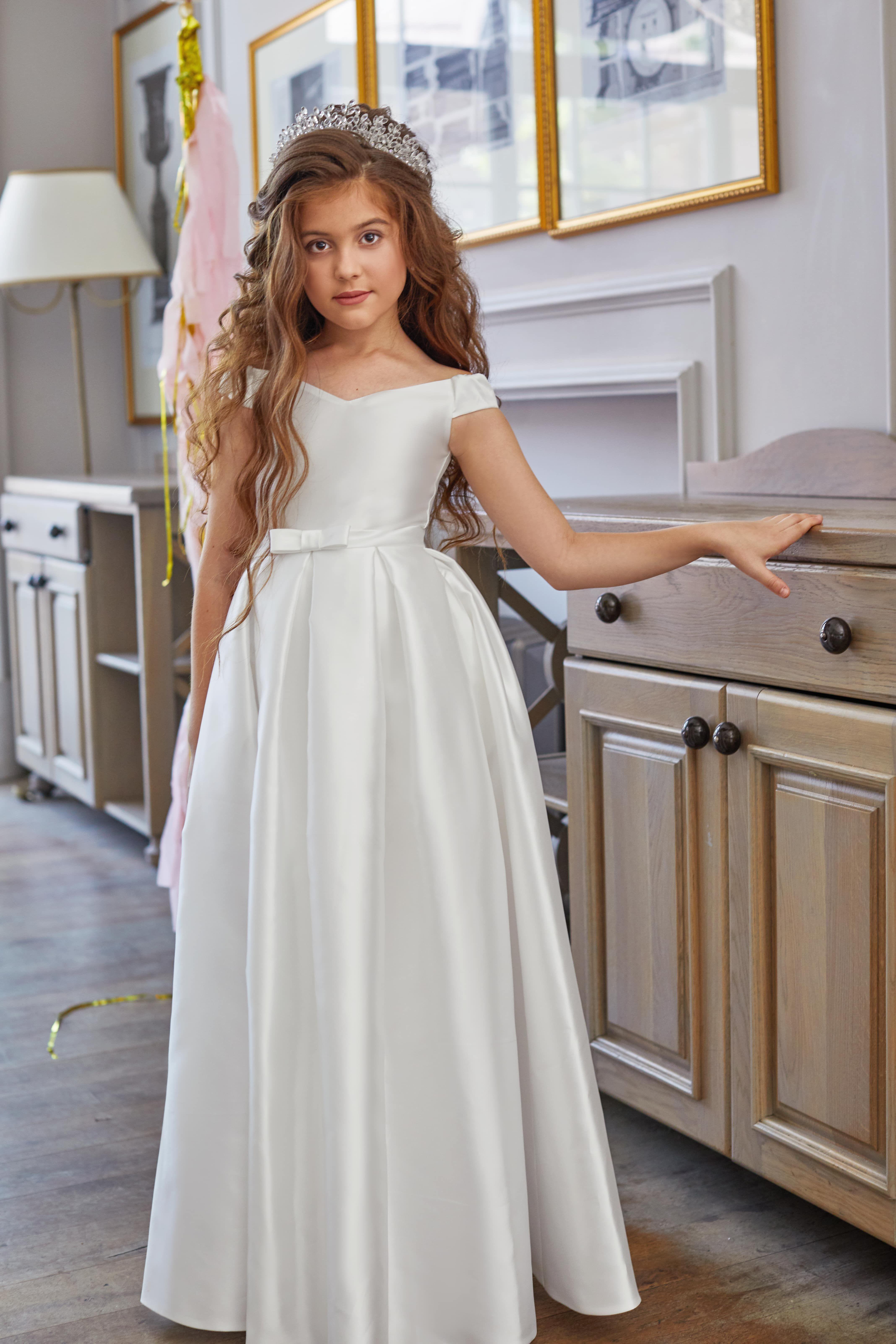 Fashion Princess 08 Long White Dress For Girl With Pockets Dresses Girls White Dress Princess Dress Kids [ 6409 x 4273 Pixel ]