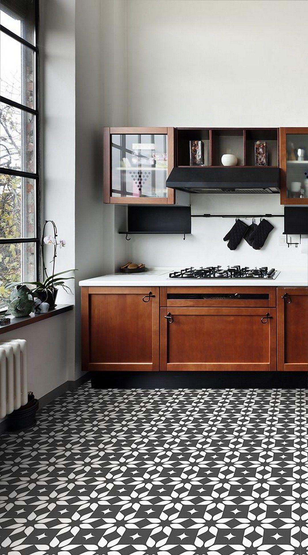 37 Modern Flooring Ideas To Give Your Kitchen A New Look Https Kitchendecorpad Com 2018 11 06 37 Modern Floor Design Modern Flooring Traditional Tile Design