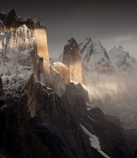 Nameless Tower is an image from Doug Kofsky's first solo exhibition, Mountainscapes, currently on display at Art 101 in Brooklyn through December 22, 2012. Kofsky takes us through the remote Himalaya of Nepal and the Karakoram Range of Northern Pakistan.