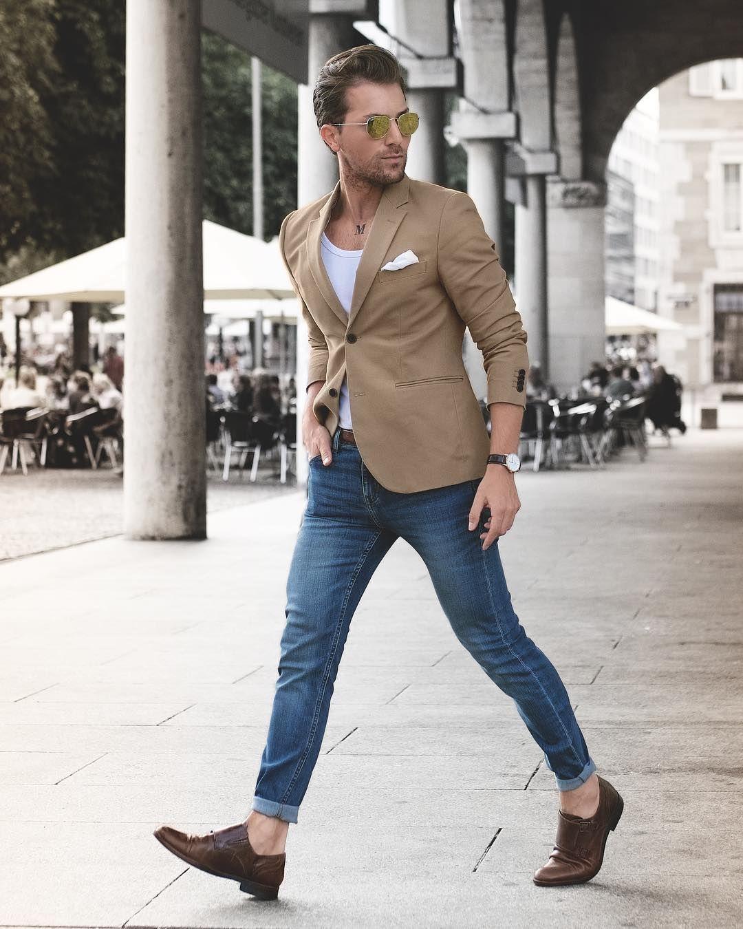 Blazer, singlet, jeans, double monk