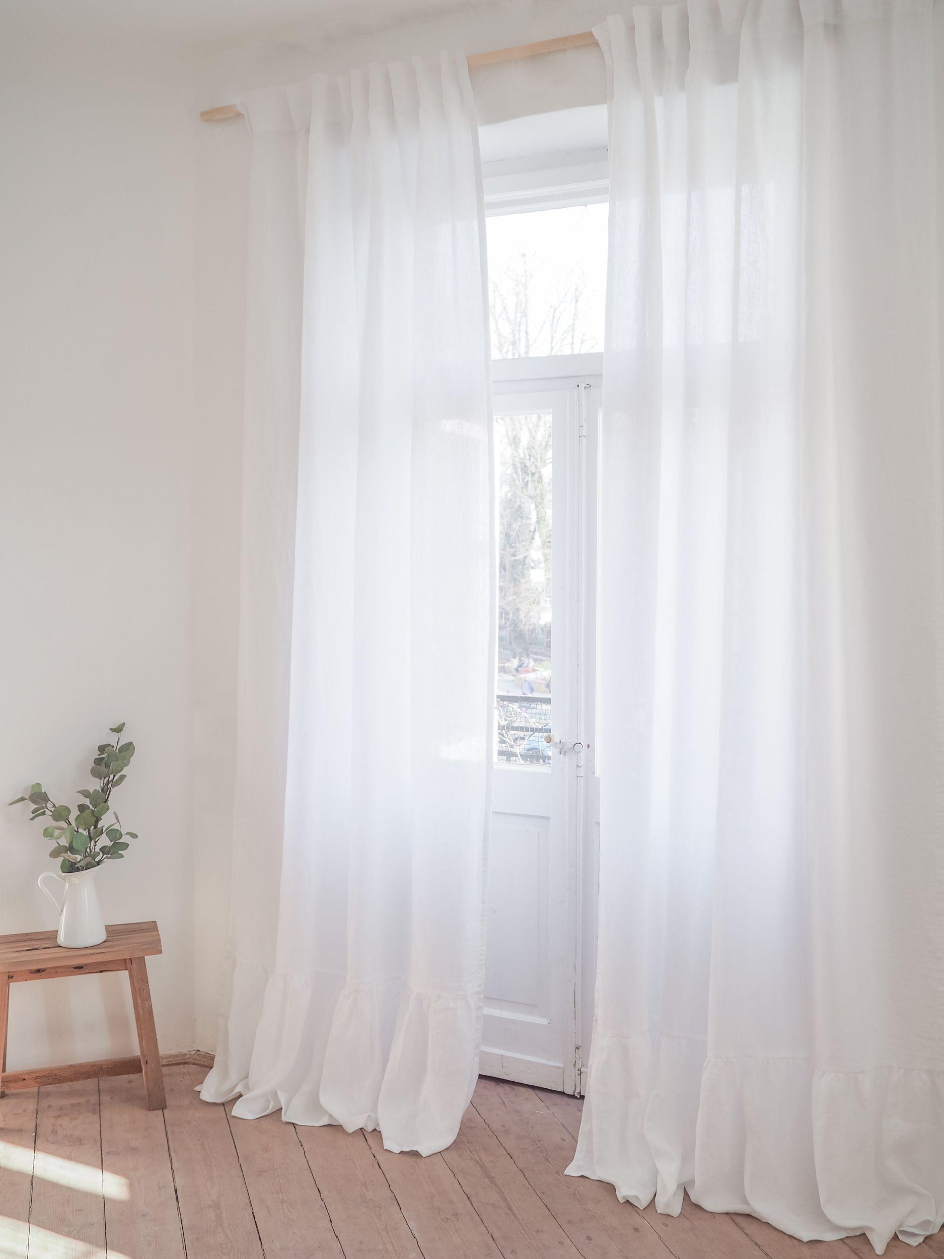 18++ White linen farmhouse type