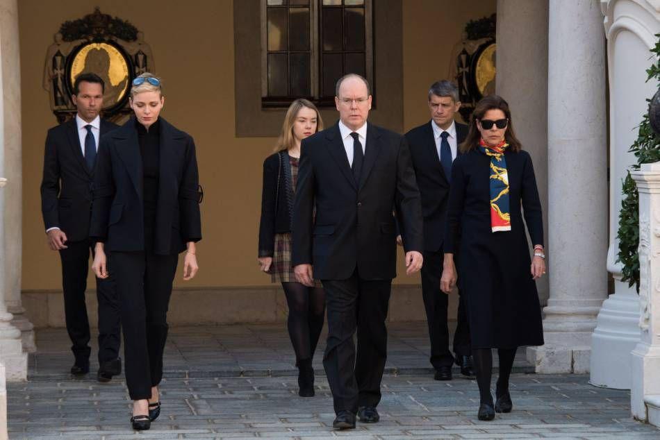 Charlène de Monaco : émue auprès d'Albert, leur minute de silence pour la France