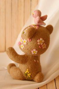 小鳥ちゃん、りんごたべる?   Needle felted teddy bears