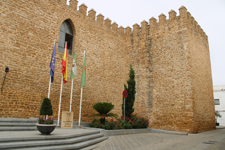 entrada al castillo de Luna