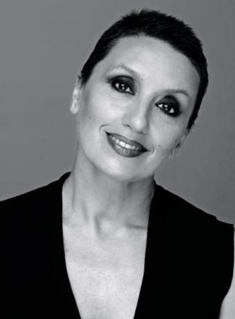 LUZ CASAL, singer