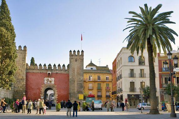 Sie in Sevilla