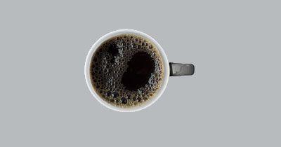 Как приготовить кофе Cold Brew   Вернее было бы спросить не только, как  приготовить кофе Cold Brew, но и зачем? Вот и разберемся...  Cold Brew - (в приблизительном переводе, холодная заварка) - новый тренд из Америки. Кофе заваривается не горячей водой, а холодной, вернее комнатной температуры. И получается очень ароматный напиток, содержащий меньше горечи и кислоты, такой кофе более щадящий для желудка, скажем так, полезнее...