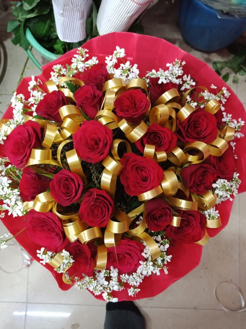 Flowers Shop in Delhi to deliver Flowers bouquet, Cake and