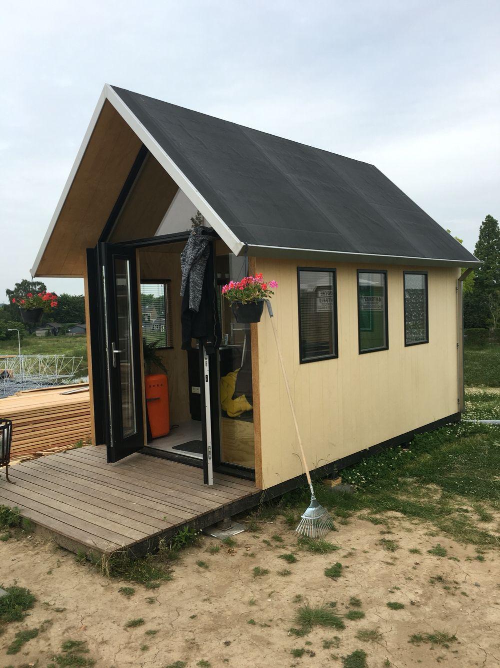 Trotsen Tijdelijke Bewoner Van Dit Prachtige Tiny House