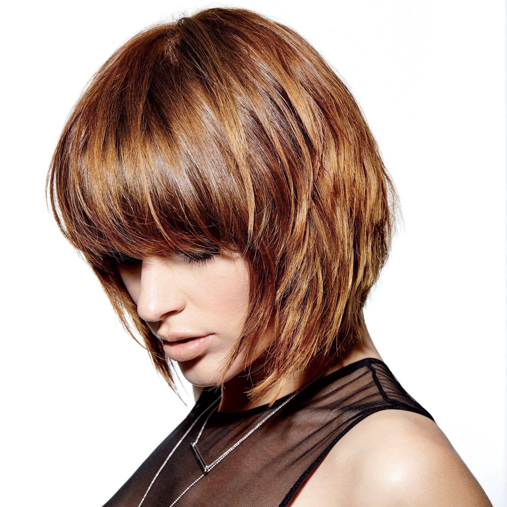 Toutes les coupes qui donnent du volume aux cheveux fins | Carré plongeant frange, Coiffure ...