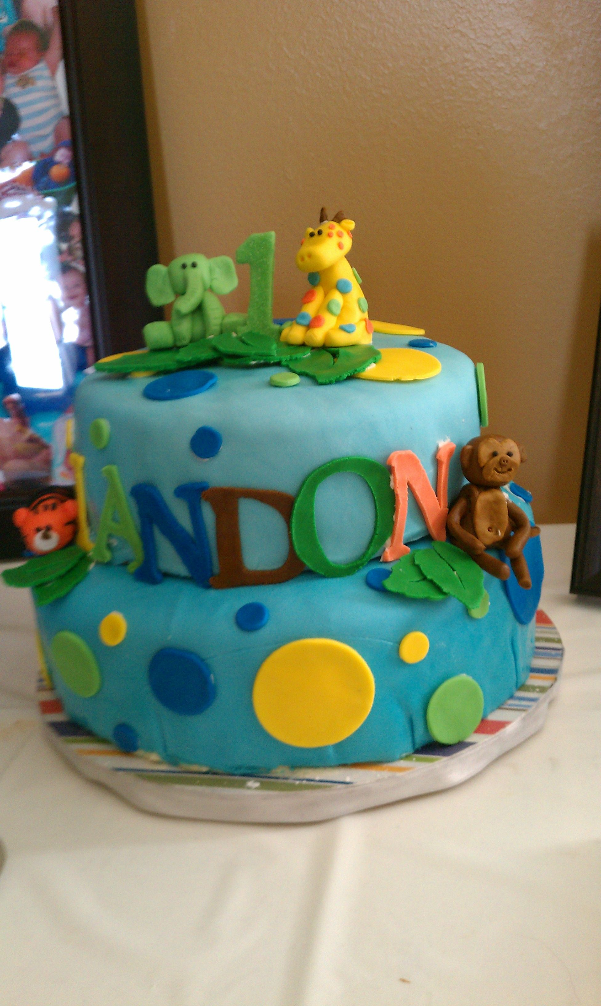 1st Birthday Safari Cake Food Once Upon A Cake Pinterest