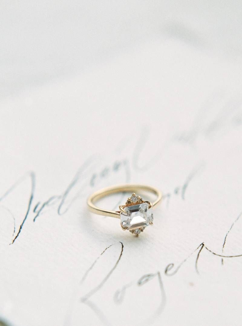 Vintage Engagement Ring Minimalist delicate wedding ideas in a
