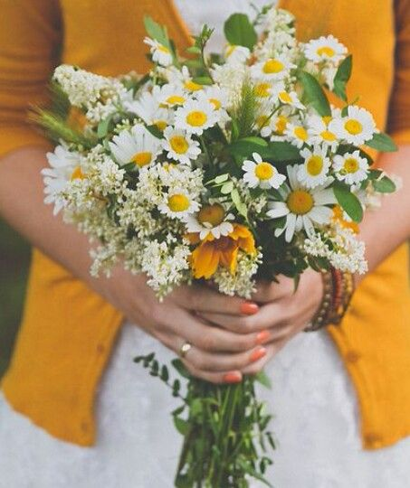 Bouquet Idea Daisies Babies Breath Sunflowers And Maybe Yellow And White Marigolds Wildflower Wedding Bouquet Wildflower Wedding Wedding Bouquets