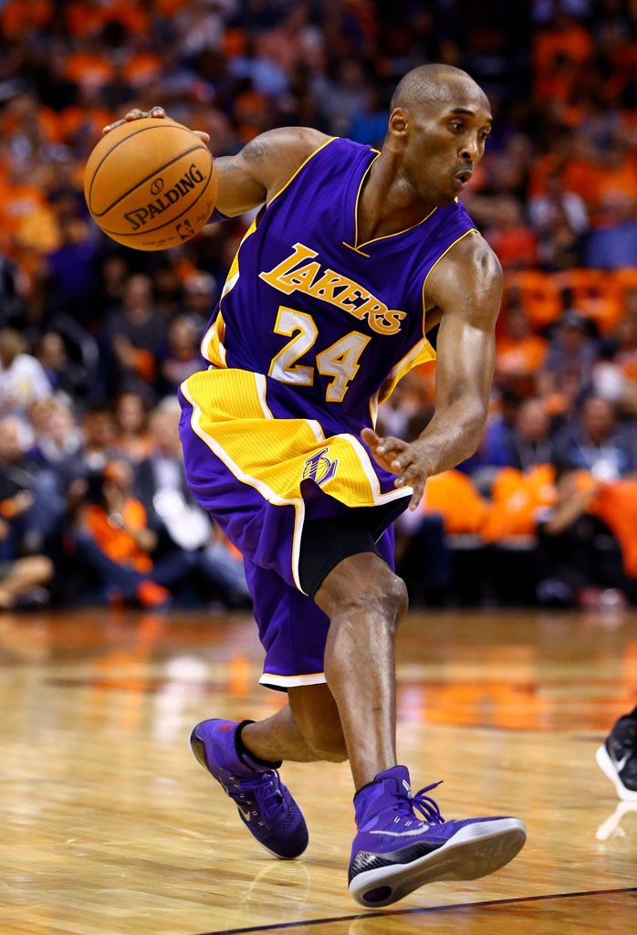 182cc8483141 Kobe Bryant wearing Nike Kobe 9 Elite Purple