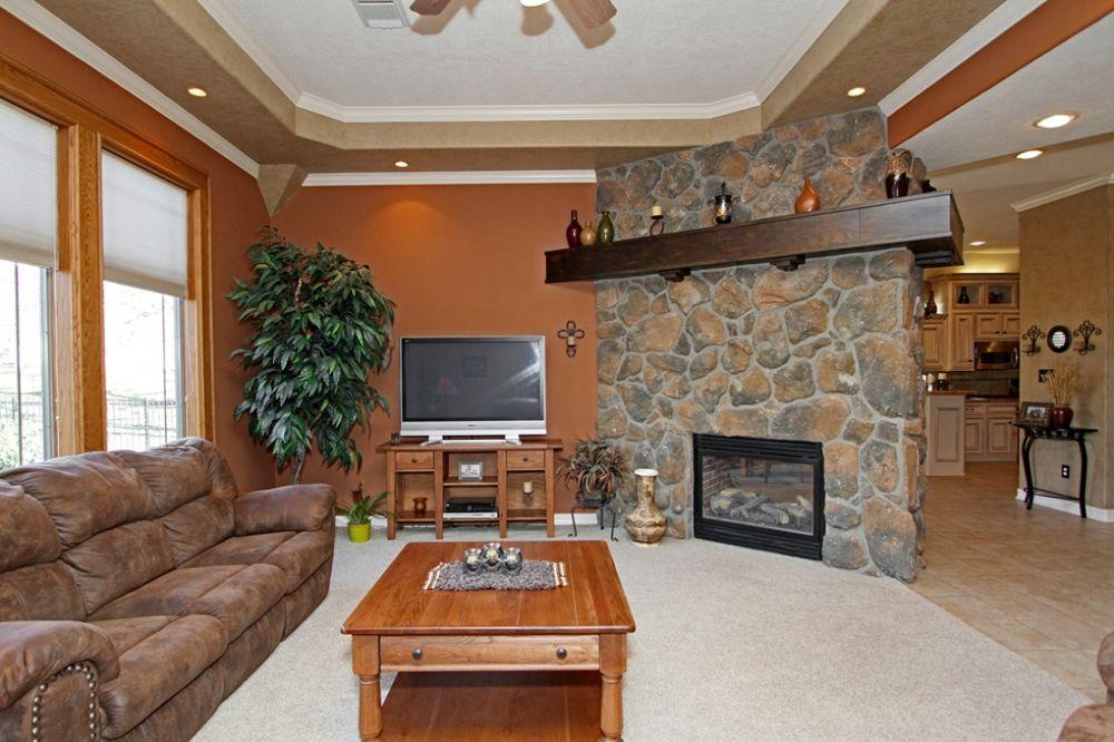152 Monterrey Road Montgomery Tx 77356 Living Room Real Estate