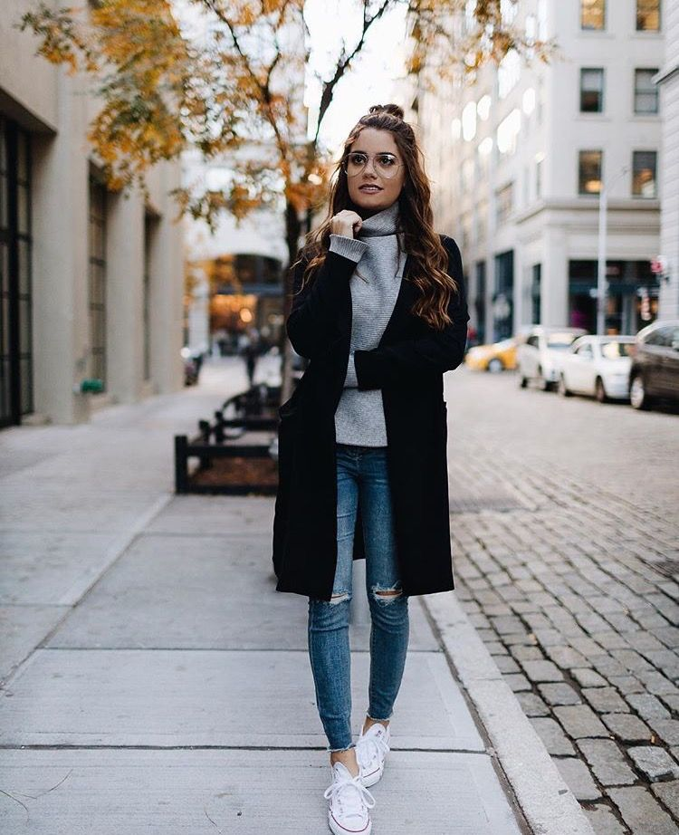 82f15b5d18fe Have a lovely day || Outfit of the day! Really cute fall/winter outfit  here. Looks cosy and comfy as well as stylish | Women's winter outfit ideas  | Fall ...