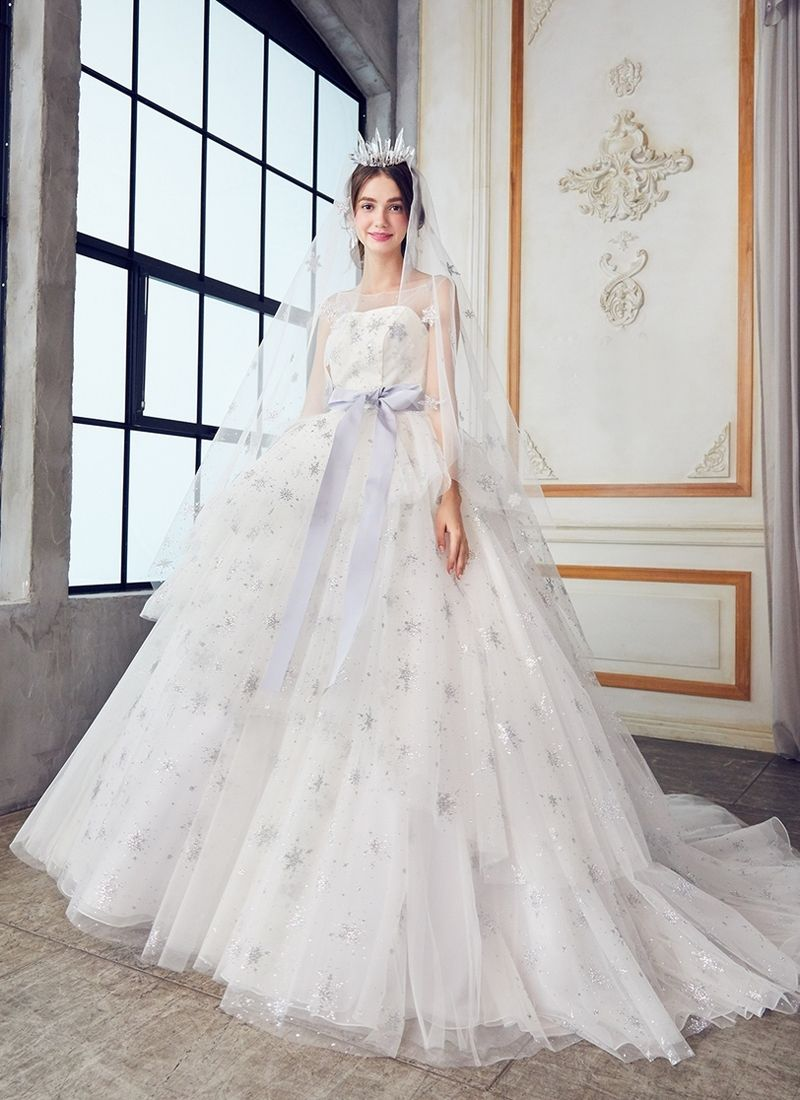 20 magical celestial wedding dresses for star crossed brides spring wedding guest dress 2018 wedding dresses trends wedding dress trends