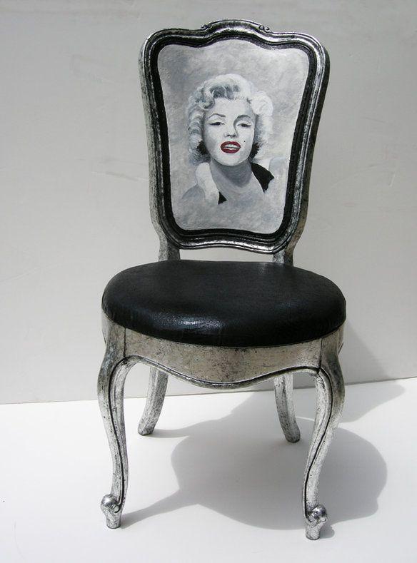 Loading Black Silver Chair Marilyn Monroe