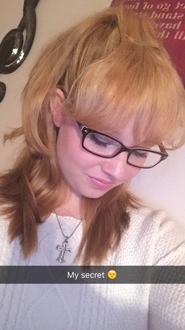 Fake Bangs Hairstyle Mesmerizing How To Fake Bangs With Your Own Hair Use A Headband To Cover The