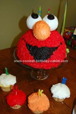 Adorable Homemade Elmo Head Cake and Cupcakes Elmo cake Elmo and