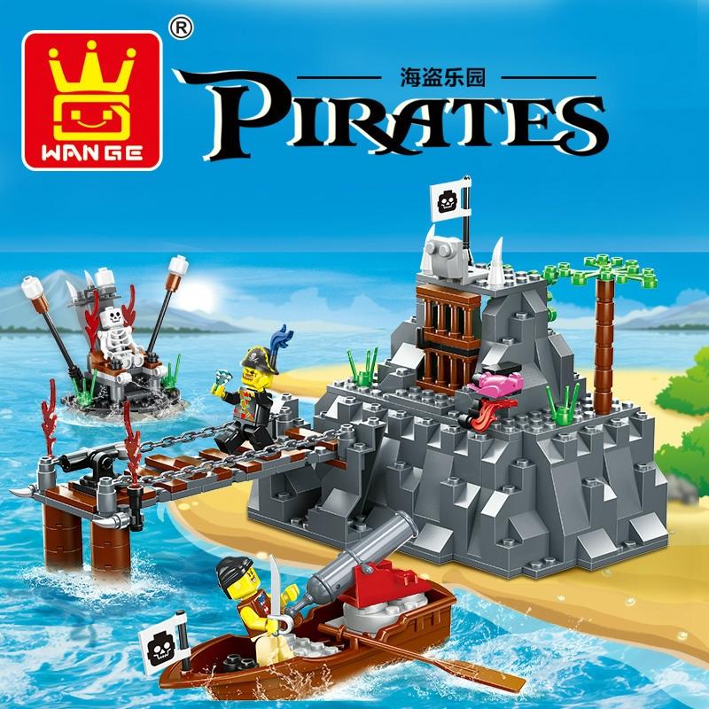 16.14$  Buy now - http://alib3k.shopchina.info/1/go.php?t=32793071980 - Large Pirates 248pcs TABOO ISLAND Pirate Ship Building Blocks Set Educational Toys Kids Gift Bricks Compatible with Lego Wange 16.14$ #aliexpresschina