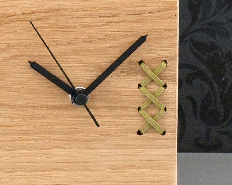 Geschenke Fur Manner Unique Office Clock Wooden Desk Clock Etsy