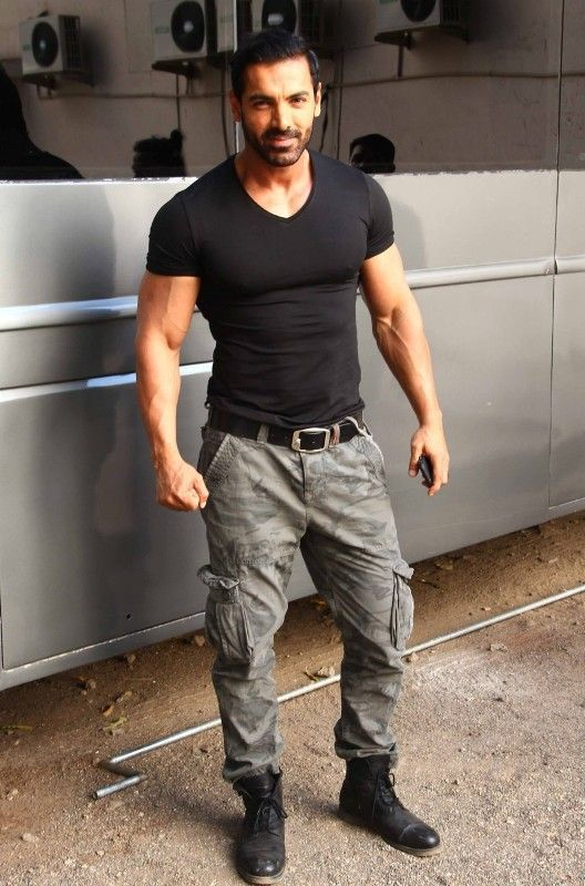 John Abraham Height Weight Age Wife Girlfriend Biography