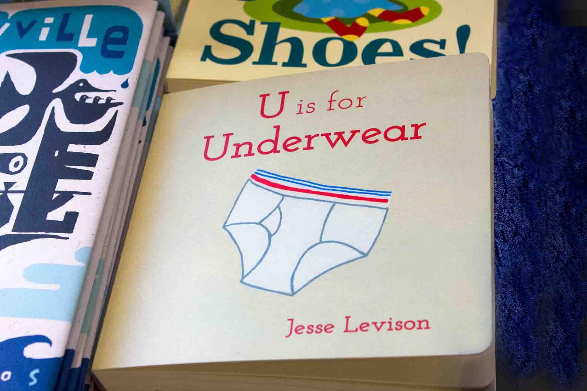 U is for Underwear on sale now! #underwear #alphabet #powkidsbooks