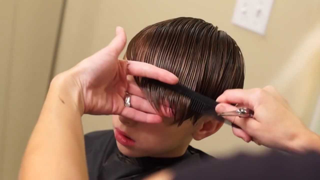 Young Justin Bieber Side Swept Haircut // How To Cut Boys