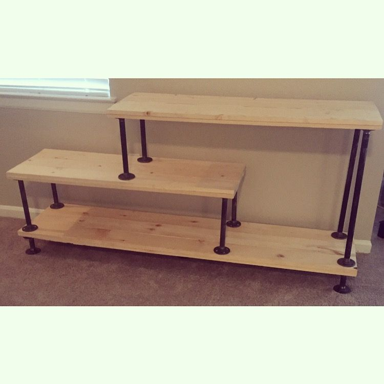 diy steel pipe tv stand diy diy tv stand diy tv living room tv. Black Bedroom Furniture Sets. Home Design Ideas