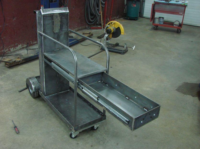 222373d1311534046 Thinking Welding Cart Cart 16 Jpg 835 626 Pixels Welding Cart Welding Projects Welding And Fabrication